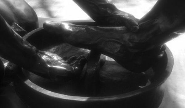 What is Servant Leadership - Washing Feet