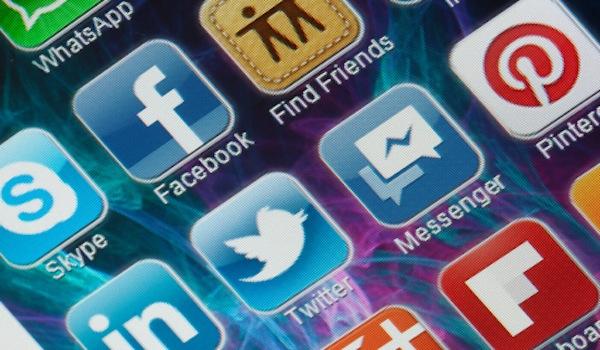 Facebook Breakup - Social Icons